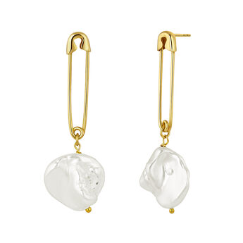 Gold plated pearl safety pin earrings, J04568-02-WP, hi-res