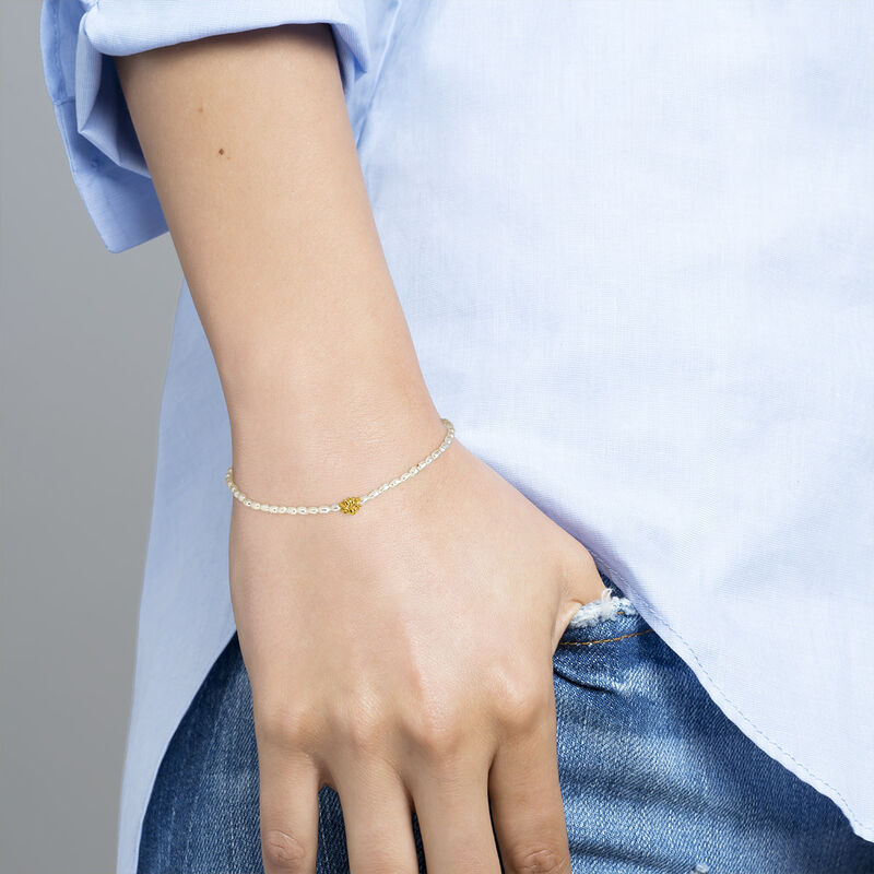 Gold plated silver pearl flower motif bracelet, J04470-02-WP, hi-res
