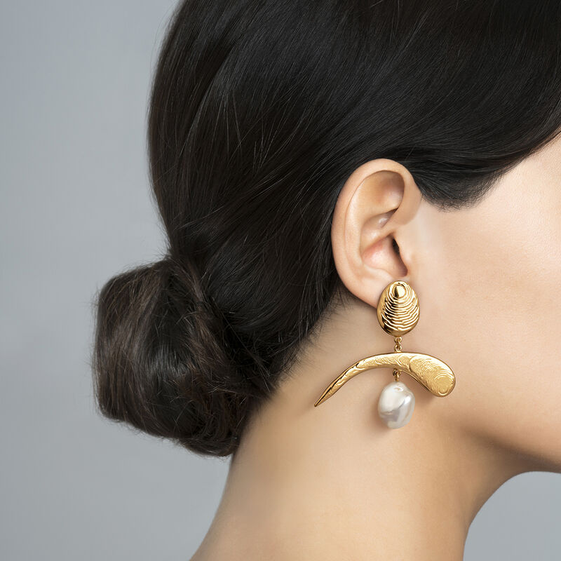 Asymmetric earrings with gold pearl ear cuff, J04053-02-WP, hi-res