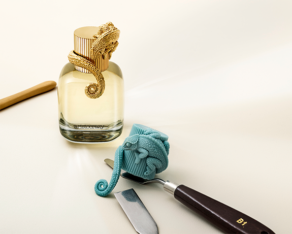 Bodegón perfumes aristocrazy